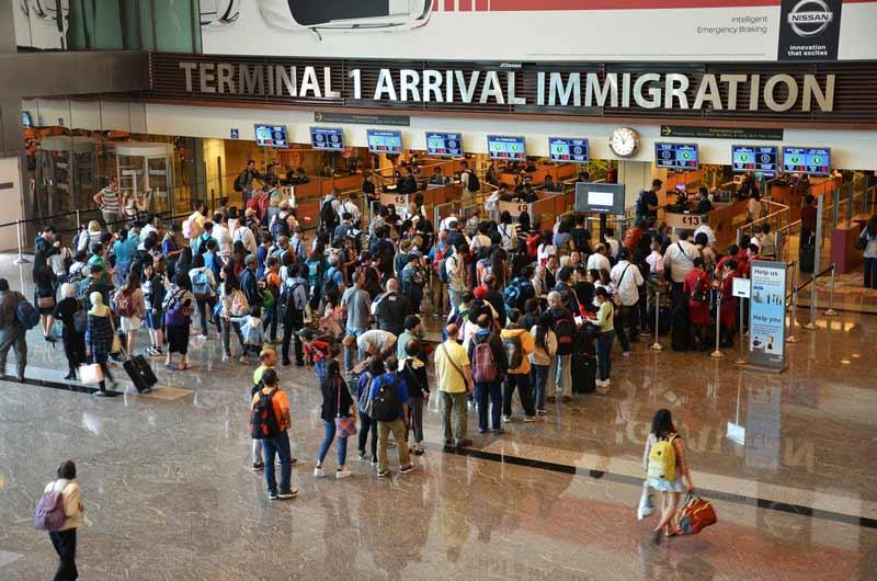 5 Tips Melewati Imigrasi di Singapura