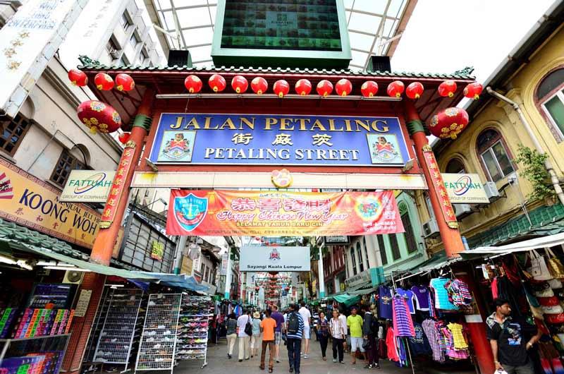 Ini Dia Tempat Belanja Oleh-Oleh Murah di Kuala Lumpur