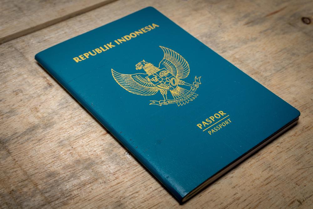 Drama Mengurus Paspor yang Harus Kamu Selesaikan