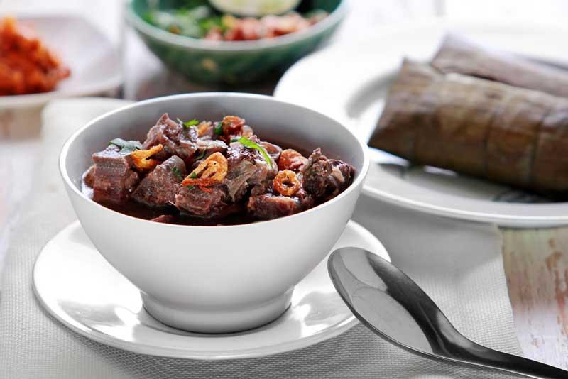 Wisata Kuliner di Makassar? Wajib Coba 10 Makanan Ini