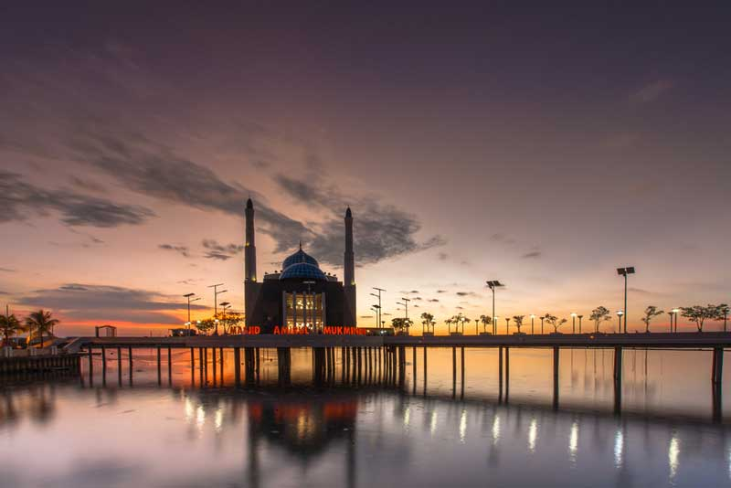 masjid-terapung-makassar
