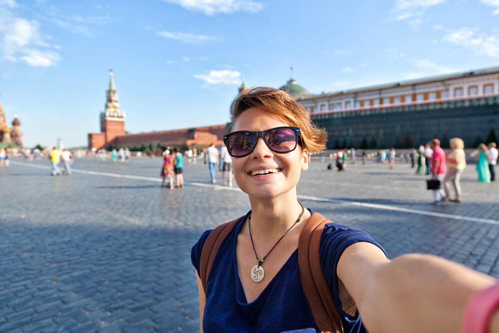 Sebelum Liburan ke Rusia, Kenali Budaya Orang Rusia Dulu Supaya Kamu Gak Shock!