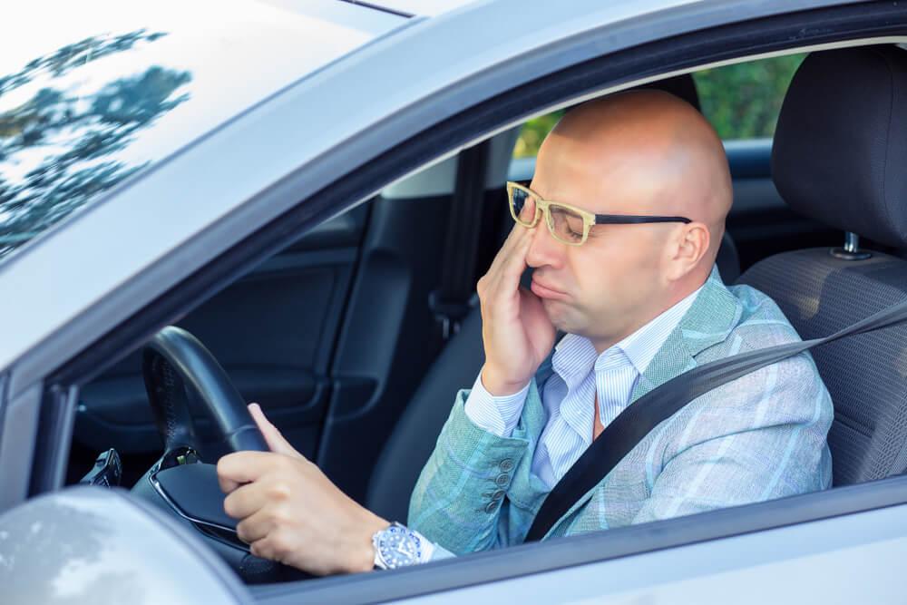 5 Cara Usir Kantuk saat Mengemudi Kendaraan