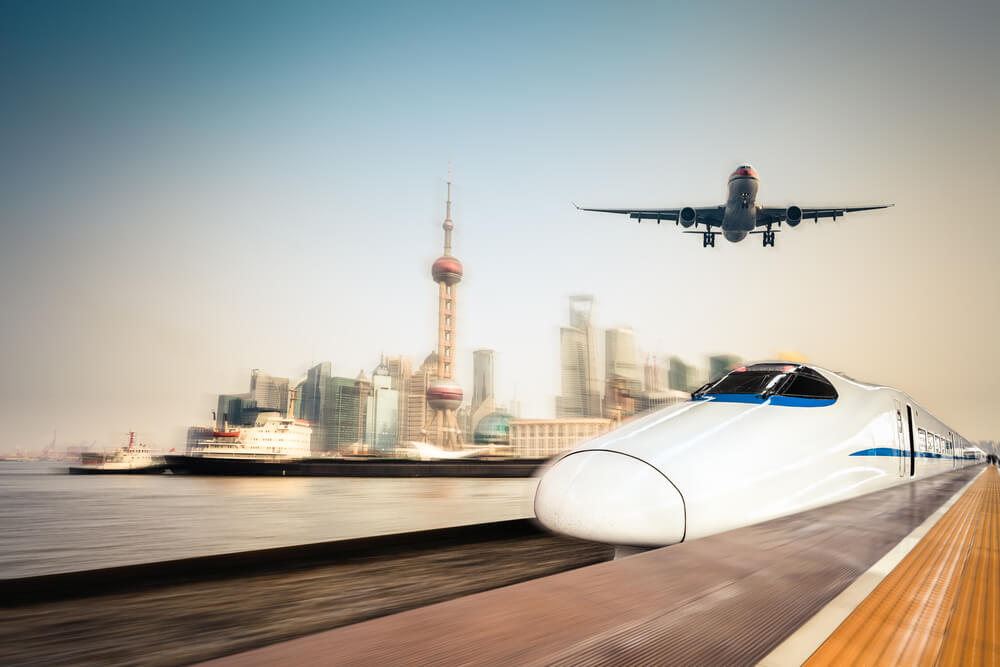 Cek Tiket Kereta vs Tiket Pesawat Saat Long Weekend 17 Agustusan 2018