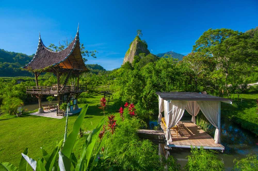 Dari Ujung Utara ke Selatan, Ini 9 Tempat Wisata di Sumatra yang Wajib Dikunjungi