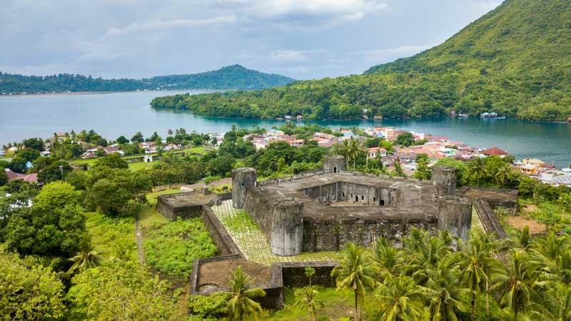 Mengintip 7 Surga Tersembunyi di Kepulauan Maluku