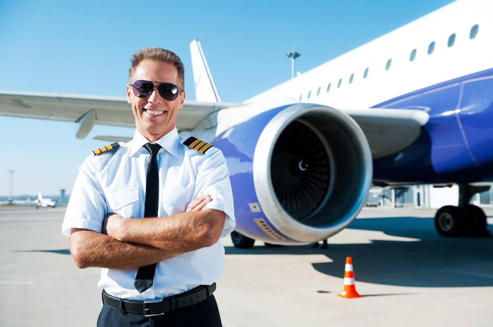 Pesawat Delay, Pilot Ini Memesan Pizza untuk Semua Penumpang