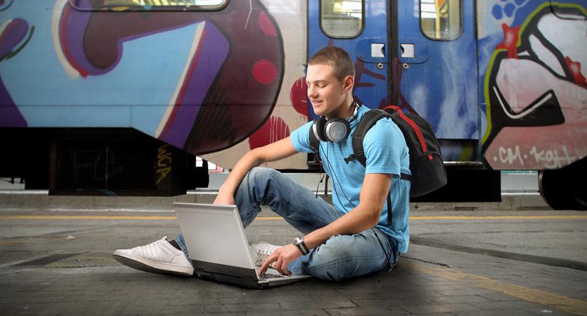 Cara Travel Blogger Mendapatkan Uang Dari Travelling