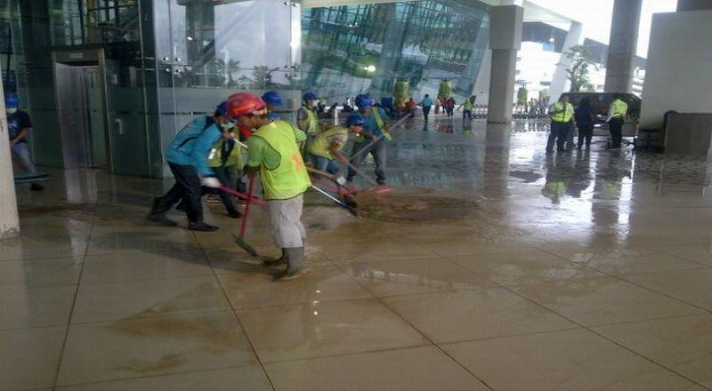 Akibat Hujan Deras Terminal 3 Banjir