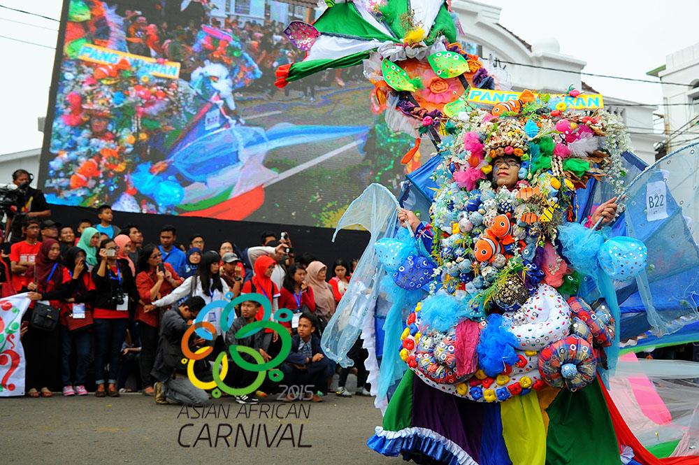 Kabar dari Parade Asian African Carnival 2015 di Bandung