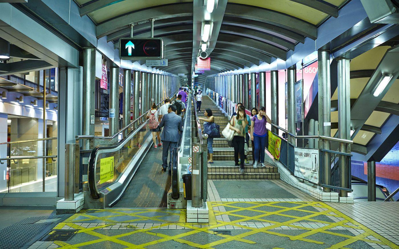 Eskalator Sepanjang 800 Meter Berada di Hong Kong