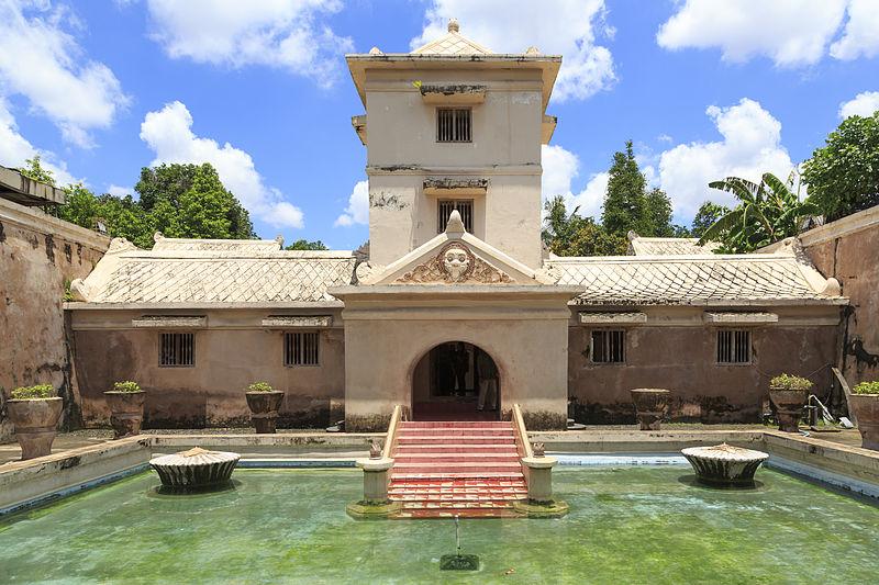 Ingin Berlibur ke Yogyakarta? Sebaiknya Kamu Mampir ke Istana Air Taman Sari