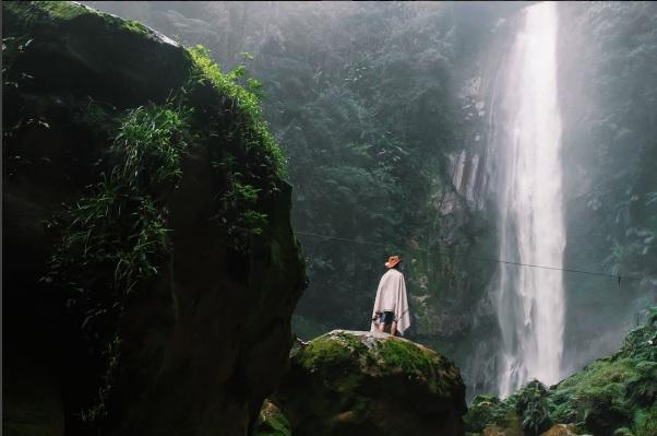 Berwisata Asyik Mengunjungi Pesona Tersembunyi 5 Curug di Bogor