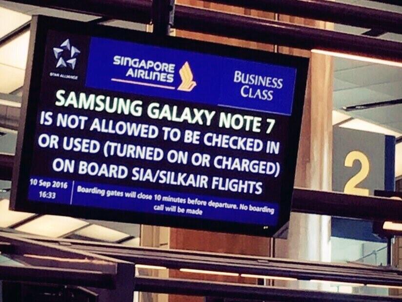 Galaxy Note 7 Dilarang Dalam Penerbangan Pesawat Oleh FAA
