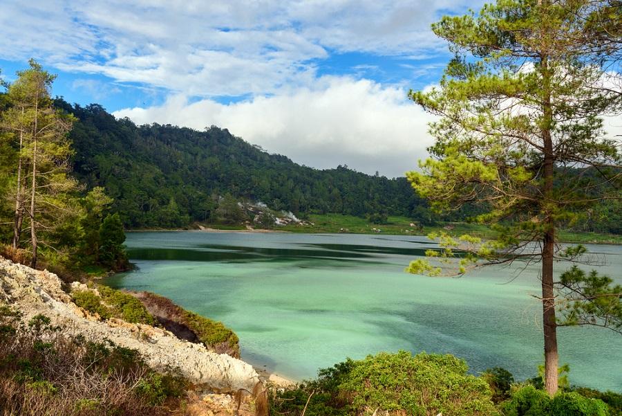 Danau Linau Tomohon