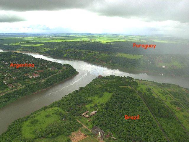 Foto Perbatasan Negara