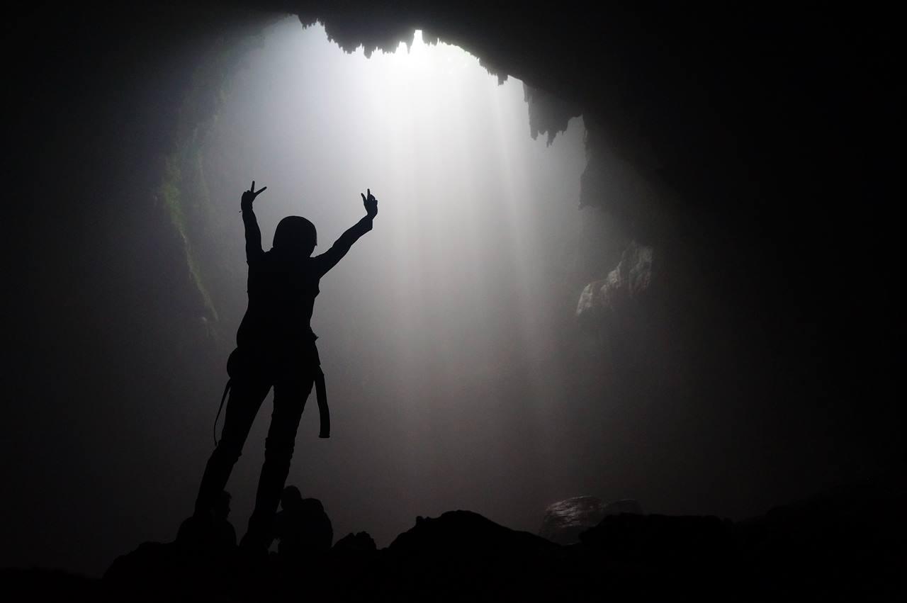 gua-jomblang-dengan-cahaya-surganya-yang-akan-membiusmu