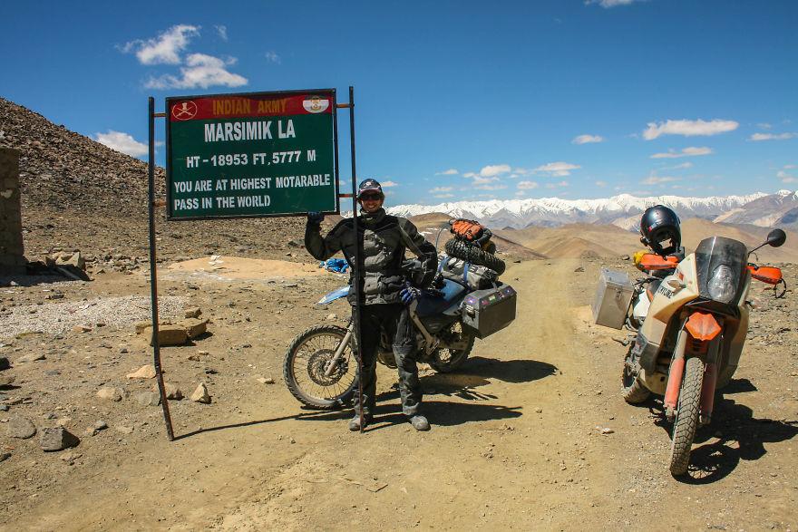 i-motorbiked-23000-miles-from-perth-australia-to-perth-scotland-57e94546a03f0__880