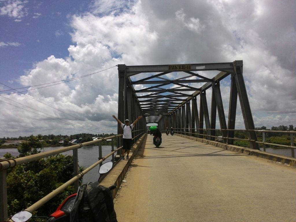 Jembatan Pawan II, saksi bisu perekonomian warga Ketapang