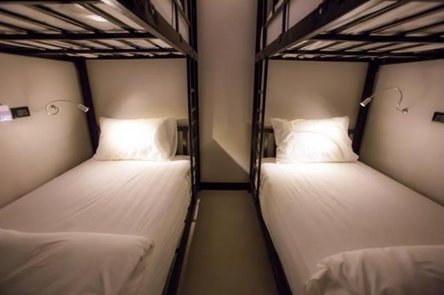 the-blocks-hostel-room