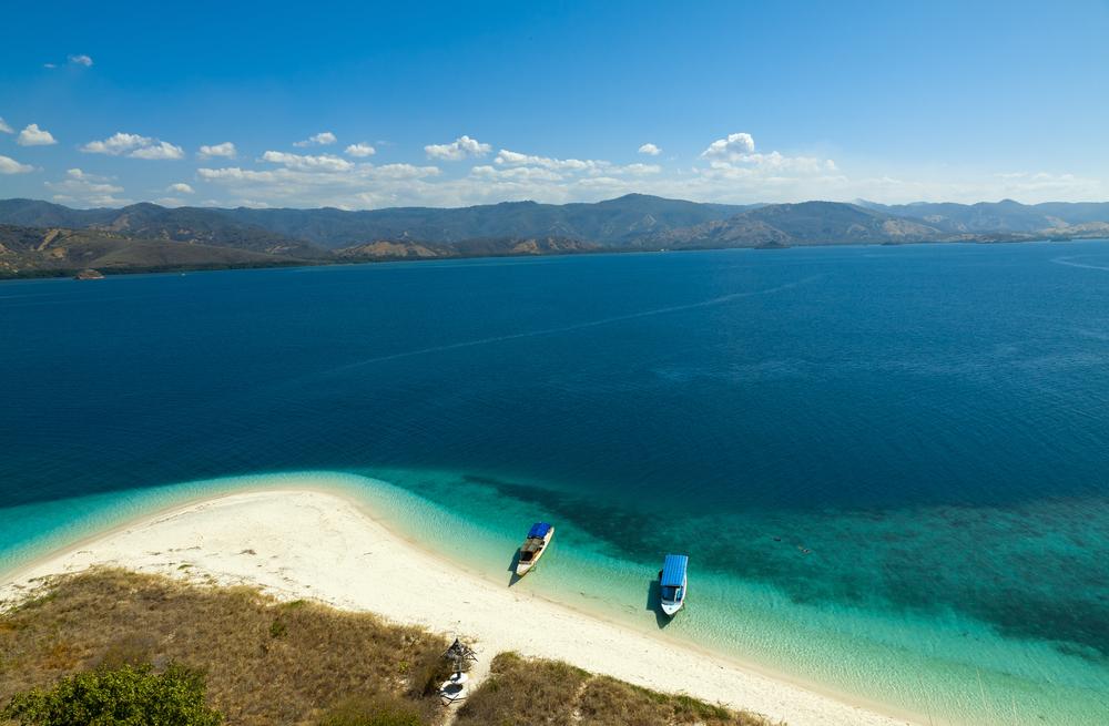 5 Destinasi Liburan Indonesia Terbaik versi Travel Blog Reservasi