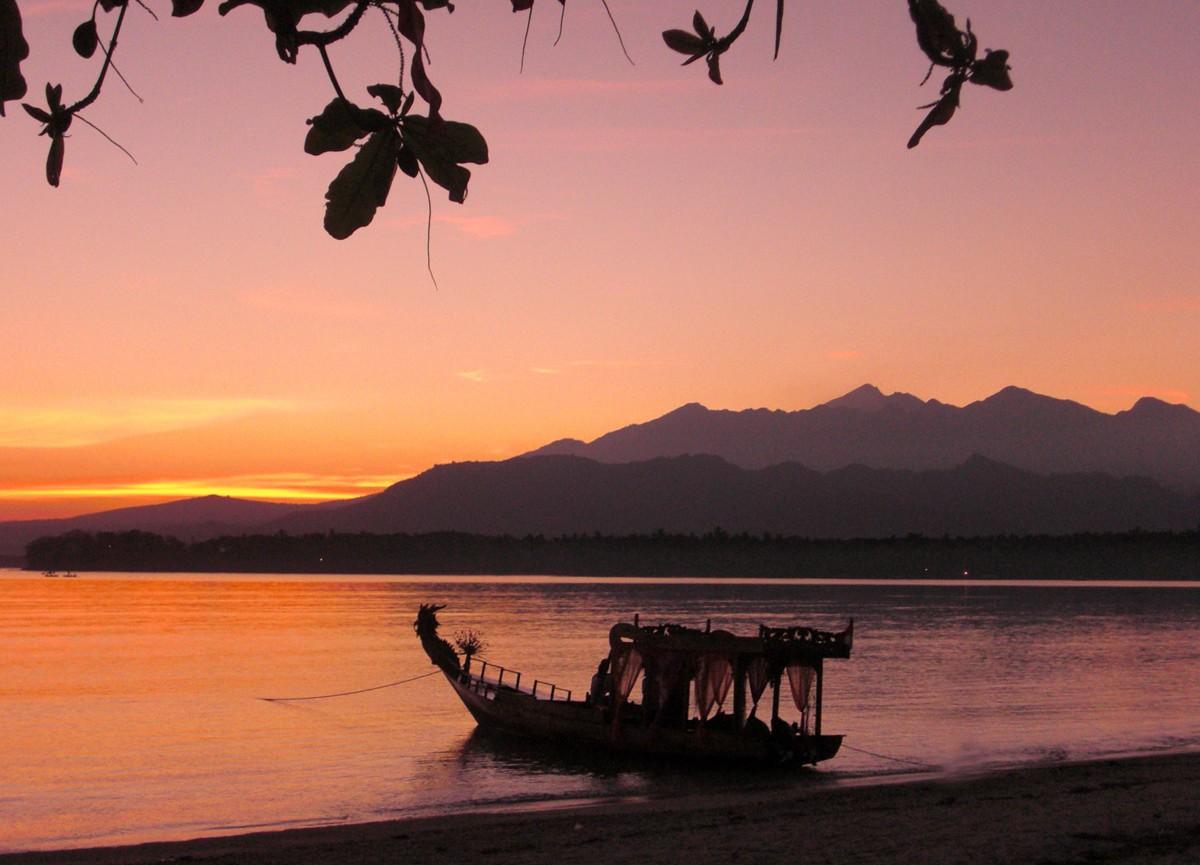 Pantai Sire Lombok (13post.com)