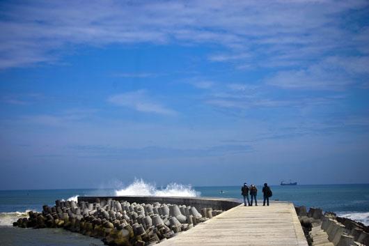 Keindahan Laguna di Pantai Glagah Yogyakarta