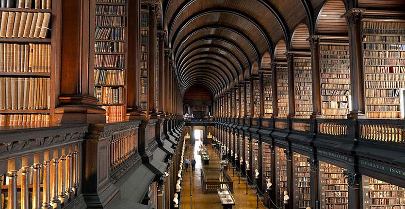 Penampakan Perpustakaan Berusia 300 Tahun di Dublin