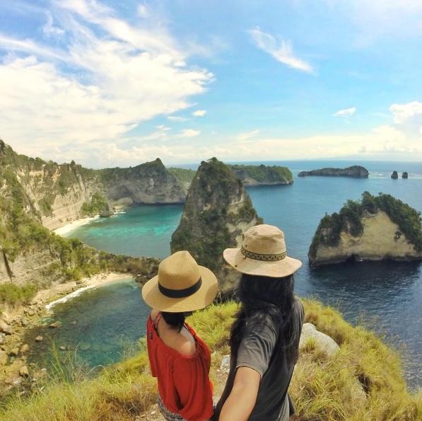 10 Tempat Wisata Ini Bikin Nuansa Foto Preweddingmu Antimainstream!