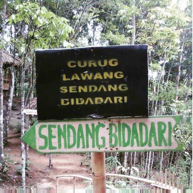 Petunjuk jalan Sendang Bidadari [Image: instagram.com/riniambar44]