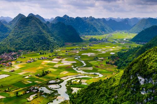 12 Negara Paling Indah Yang Gak Bikin Kantong Bolong