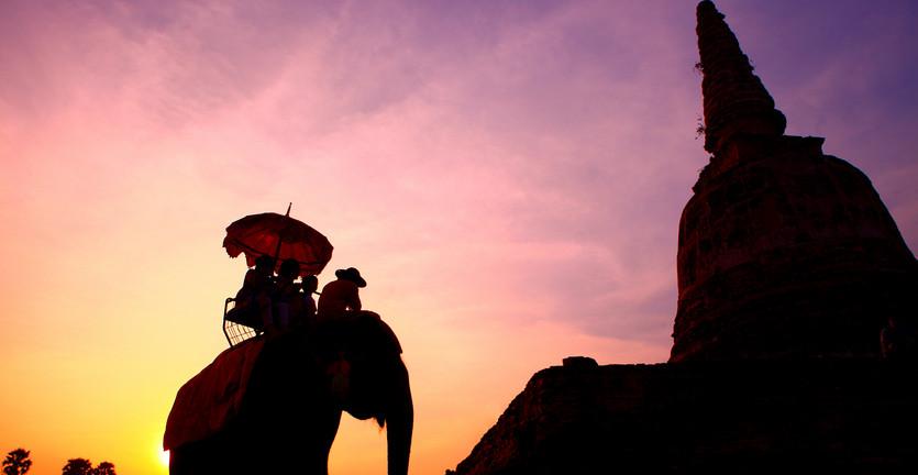 Pikirkan Kembali Untuk Naik Gajah Tunggang