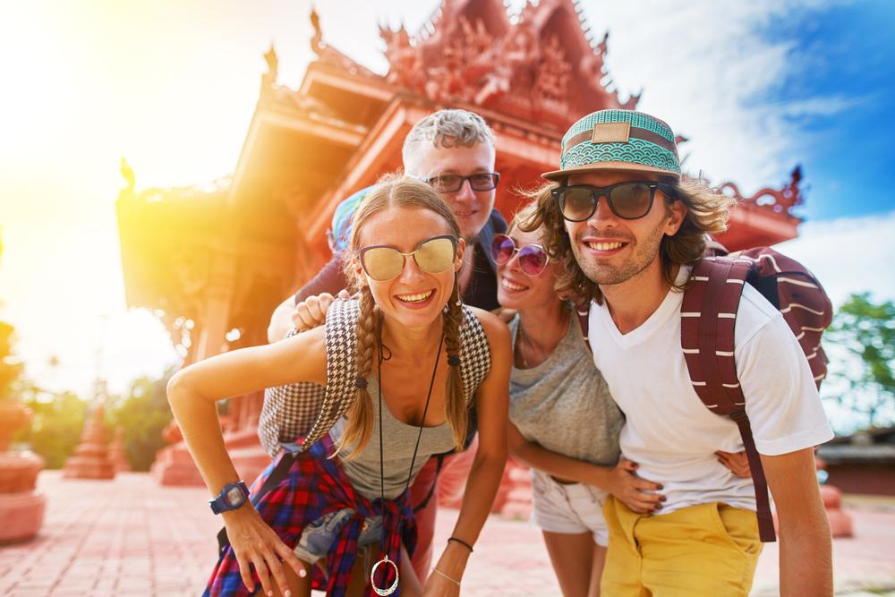 Ini Dia 10 Perbedaan Turis dan Traveler