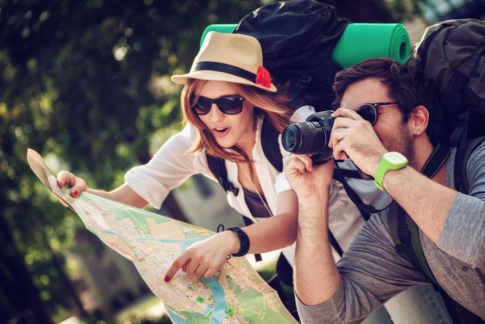 Katanya, Perbedaan Turis Dan Traveler Itu Seperti Ini! Menurut Teman – Teman Bener Enggak?