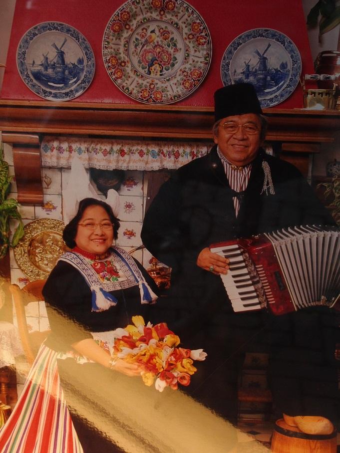Foto Presiden Megawati di salah satu studio foto di Volendam