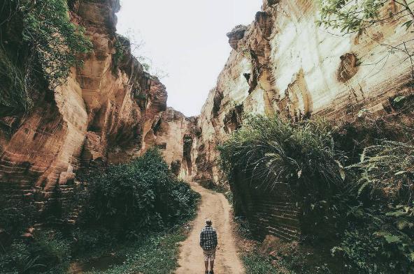 Bukit Kapur Arosbaya, Surga Tersembunyi di Madura