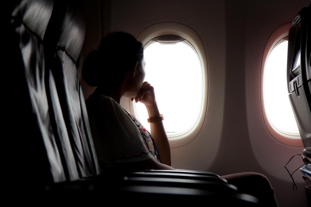 Kenapa Jendela Pesawat Berbentuk Oval Bukan Persegi?