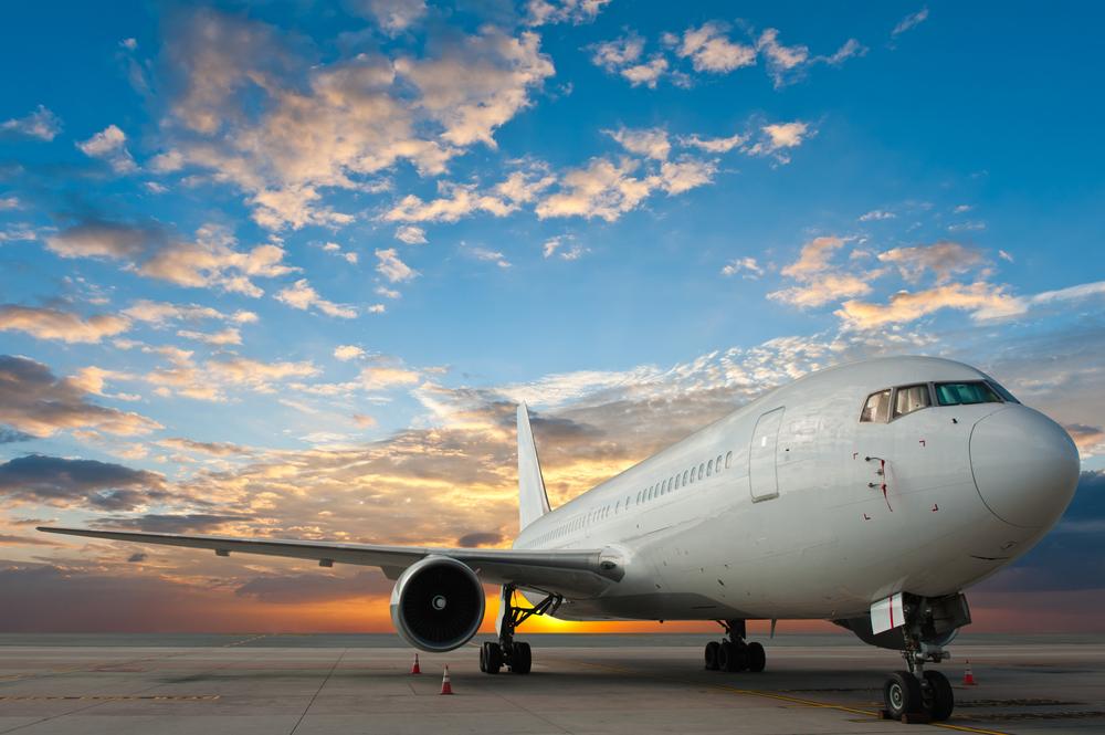 5 Alasan Kenapa Kebanyakan Pesawat Berwarna Putih