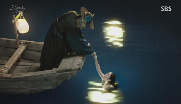 Salah satu adegan di episode pertama, sumber gambar: Dramabeans