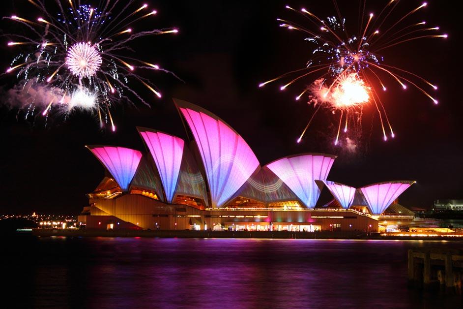pesta-kembang-api-tahun-baru-4