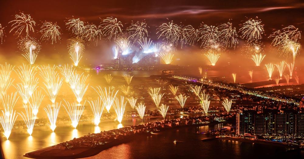 pesta-kembang-api-tahun-baru-7