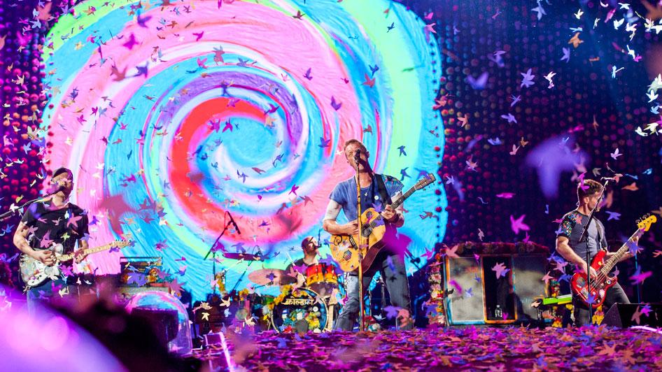 7 Rekomendasi Hotel Murah Dekat Tempat Konser Coldplay