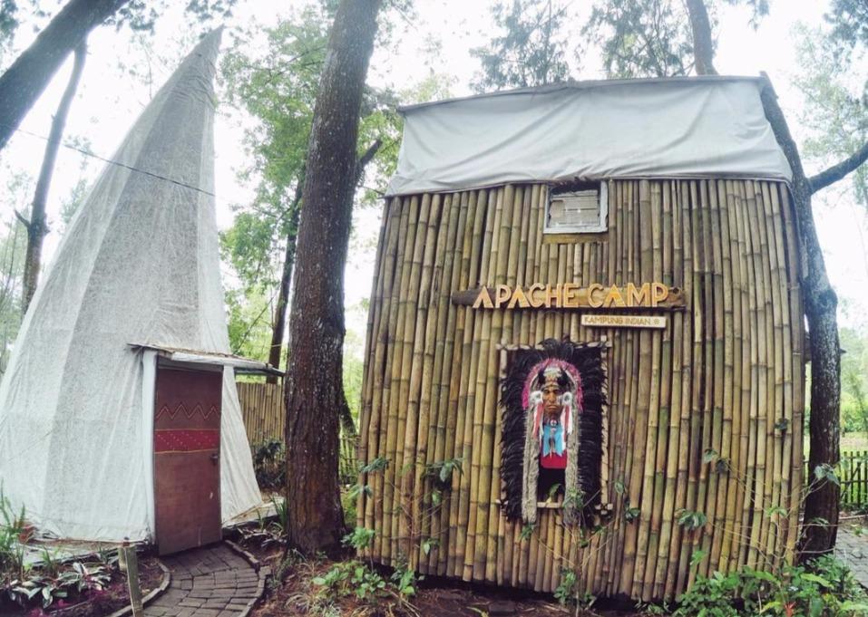 Menginap Cantik Ala Suku Indian di Apache Camp Batu Malang