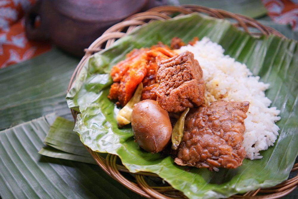 Inilah 5 Nasi Gudeg Khas Yogyakarta Paling Terkenal di Bandung