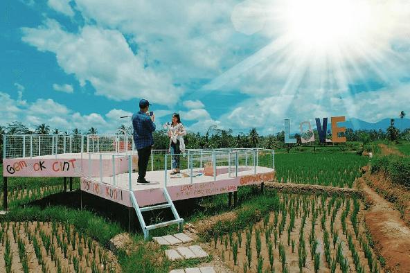 Tempat Wisata Ini Konon Bisa Bikin Hubungan Langgeng