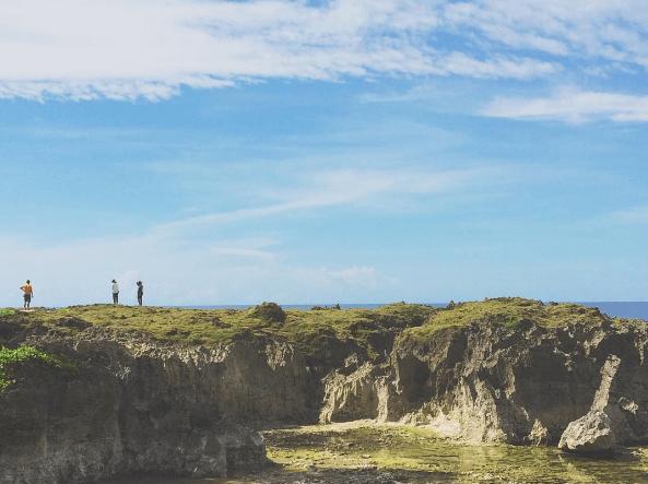 Pantai Batu Picah, Destinasi Wisata Biak yang Tersohor