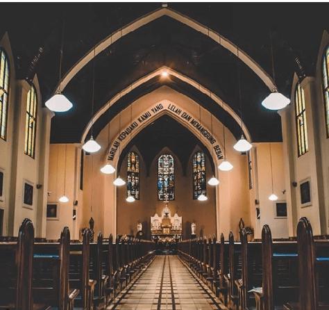 wisata bandung Gereja Katedral Bandung
