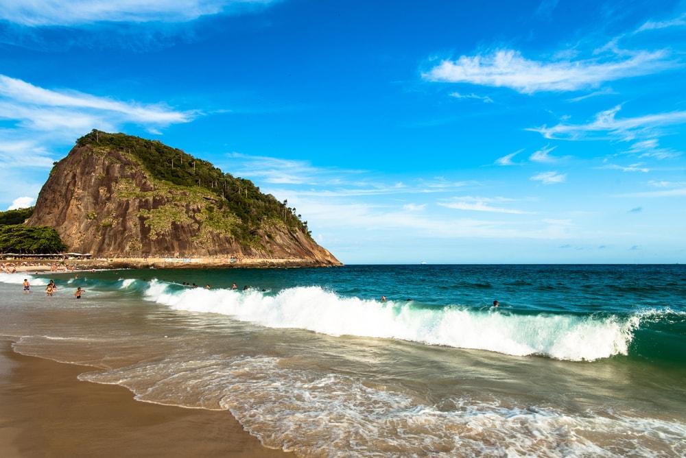 Pantai Nampu Wonogiri, Destinasi Wisata Paling Populer dan Harus Kamu Datangi