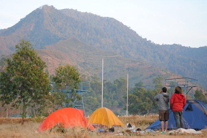 5 Fakta Mencengangkan Tentang Gunung Manglayang yang Perlu Diketahui Oleh Wisatawan