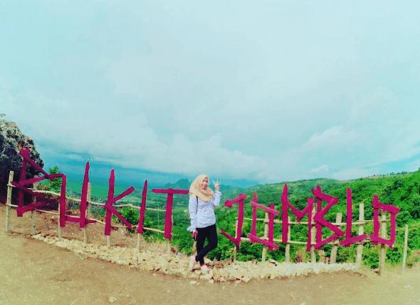 Bukit Jomblo